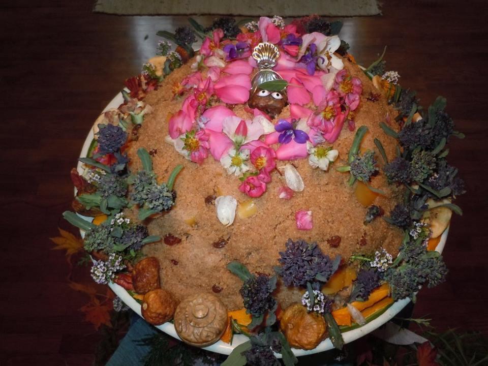 Damaghosa govardhana puja (3)